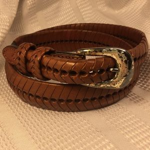 Leather belt w/silver plated buckle (removable)